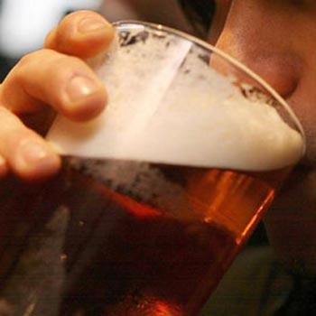 Doctors in the north east of England have called for a 50p per unit minimum price for alcohol