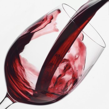 red-wine_prevents_breast_cancer