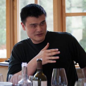 Robert Parker calls Yao Ming's 2010 Cabernet 'brilliant'