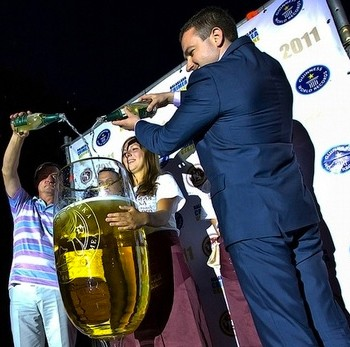 The world's biggest Champagne glass