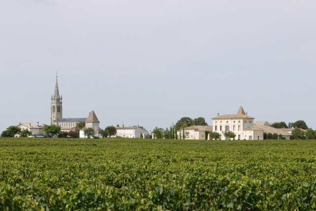 Parker pinpointed value in the Côtes de Bordeaux and St Emilion satellite districts like Montagne St-Emilion (pictured)