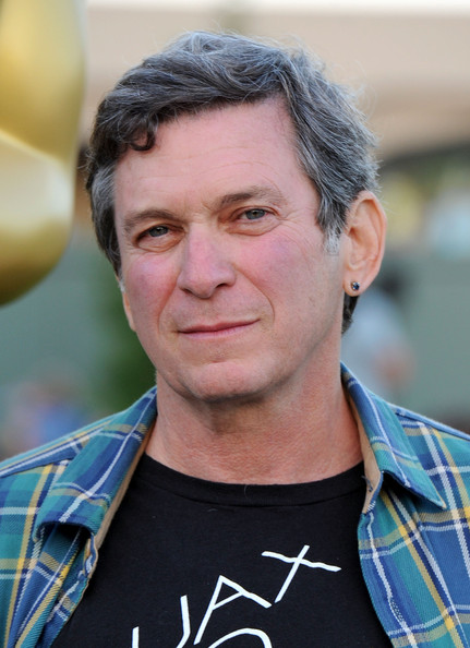 screenwriter Robert Mark Kamen is producing the film