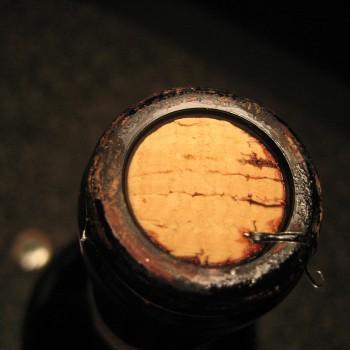 Corked-Wine1