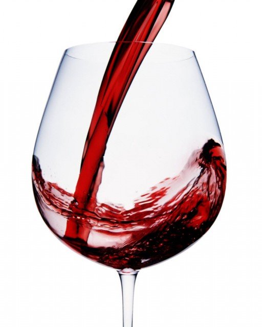 Glass shape determines how much we pour