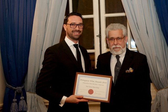 The New Street Wine Shop receives recognition from Portuguese Ambassador His Excellency Dr João de Vallera