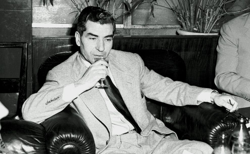 Top 10 American gangsters and their drinks