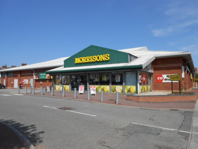 Morrisons like-for-like sales dropped 3.1% in the six weeks to January (Photo:Wiki)