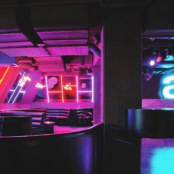 Dom-Perignon-Lounge1