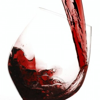 Resveratrol levels are higher in red wine (Photo: Wiki)