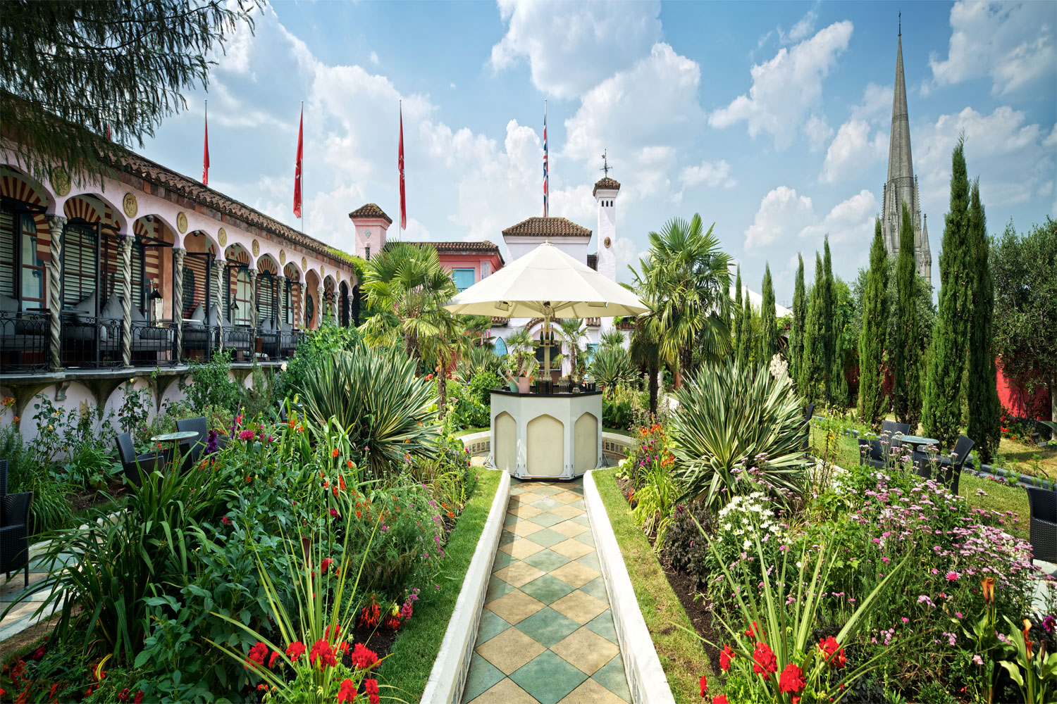 Kensington Roof Gardens To Close After 37 Years