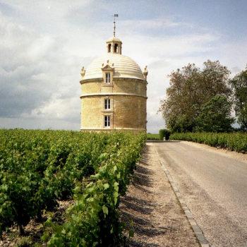 Bordeaux estates launch latest vintages with lower prices