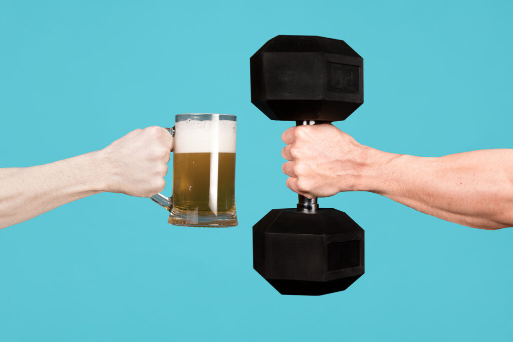 Are alcohol-free beers fattening? Beer and a hand weight