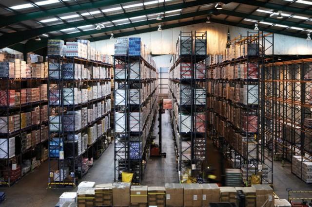 warehouse-stacking-640x426