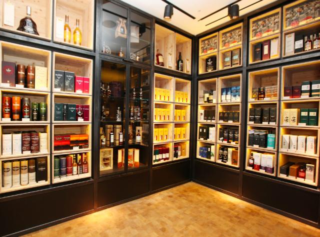 106315993fa6 Selfridges unveils biggest ever wine shop