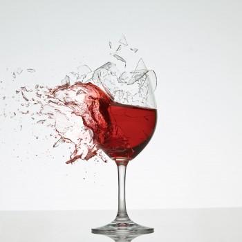 breaking-wine-glass