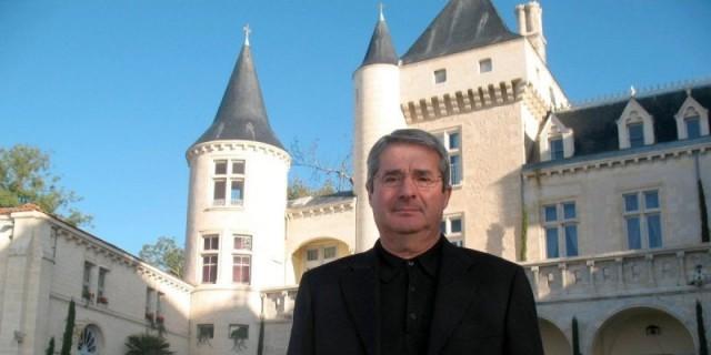 james-gregoire-proprietaire-du-chateau-la-riviere-et-pdg_1522831_800x400