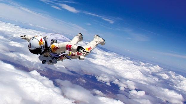 xl_Felix_Baumgartner_freefall_