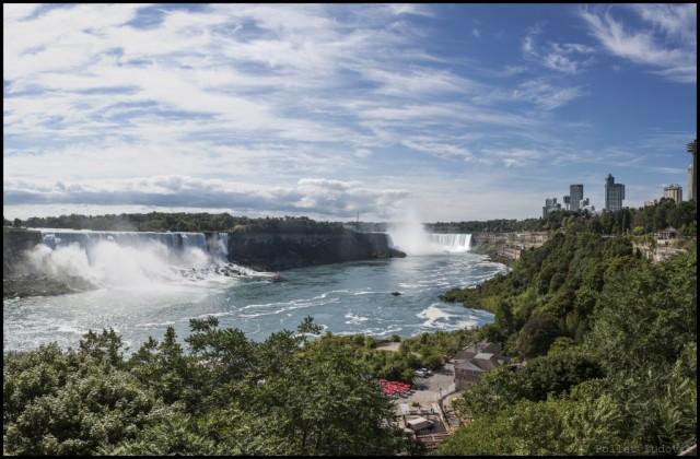 18_CANADA_Niagara_falls_Panorama-sans-titre2_EDT-1024x673