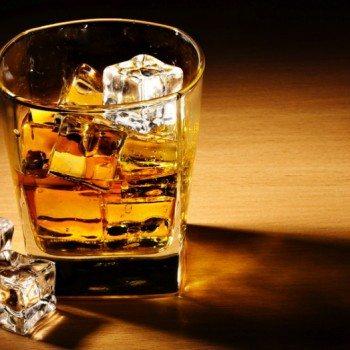Scotch-Whiskey-930x524
