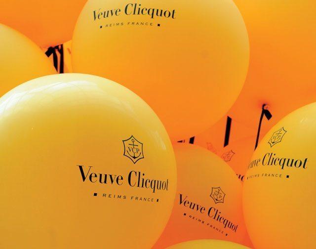 veuve clicquot balloons.